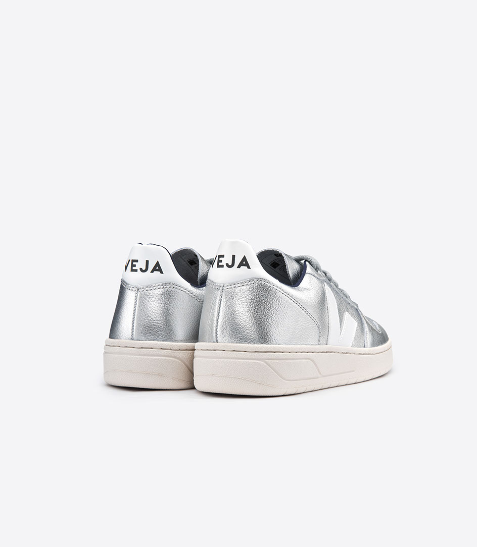 Veja Silver V10 trainers | P.i.C Style